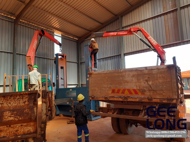 China GEELONG plywood cold press machine