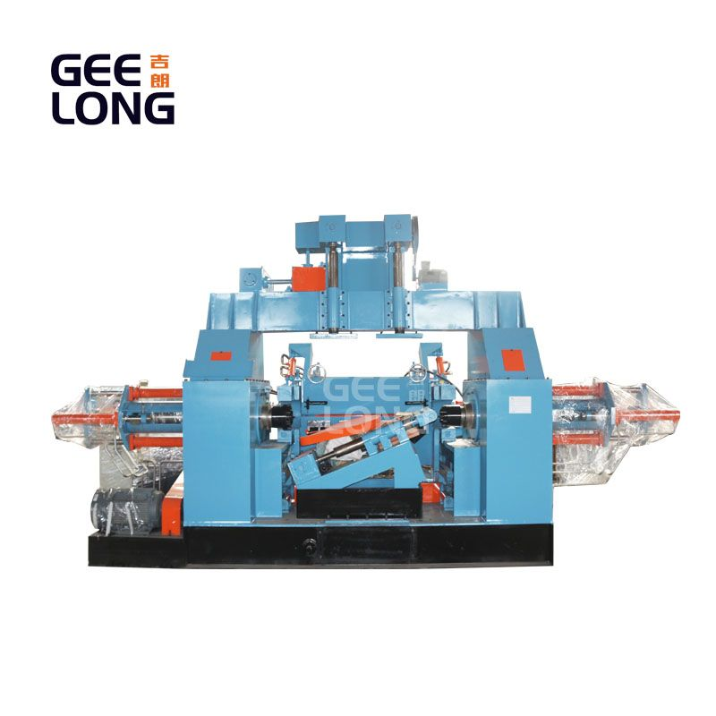 spindle veneer peeling machine