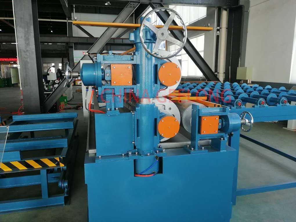 Air piston glue spreader machine