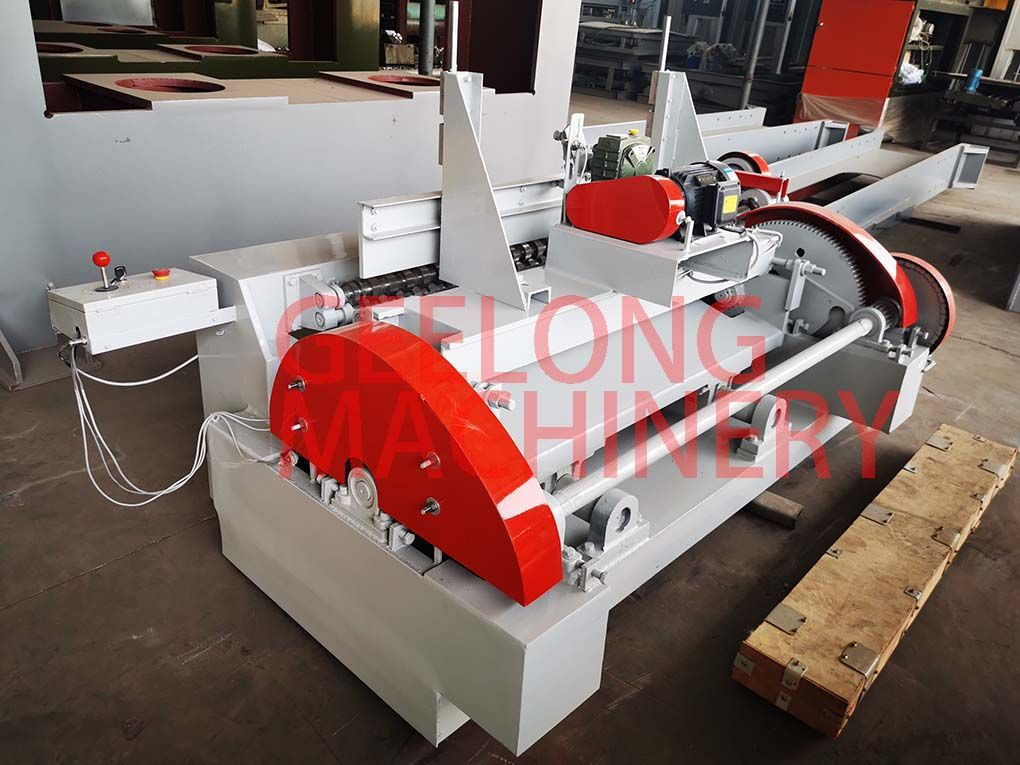 Mini spindleless veneer peeling machine